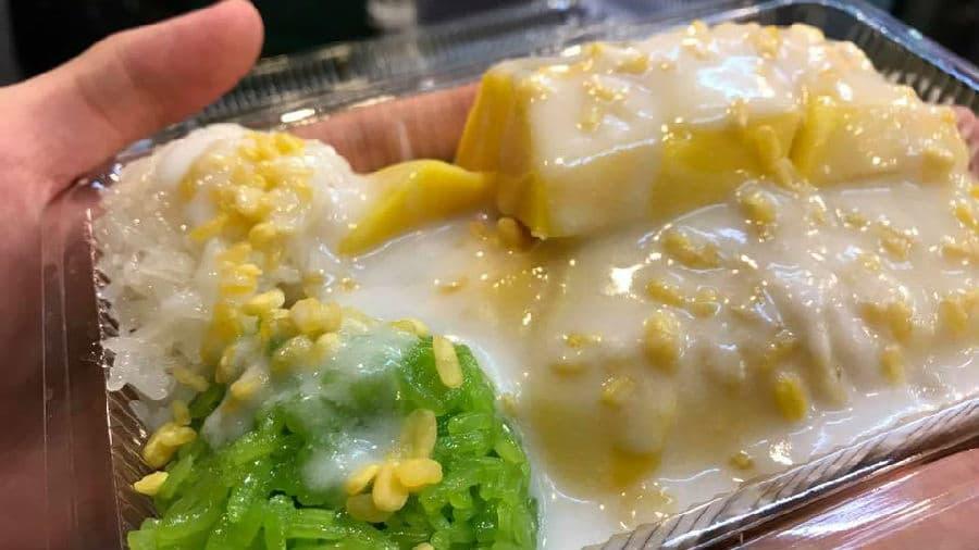 Mae Varee Mango Sticky Rice.jpg