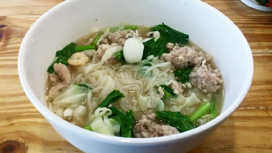Boat Noodles in Victory Monument.jpg