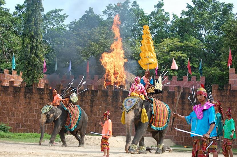 Samphran Elephant Garden.jpg