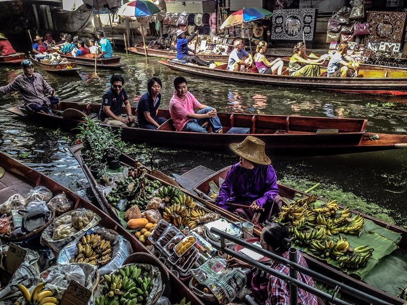 Floating Markets.jpg