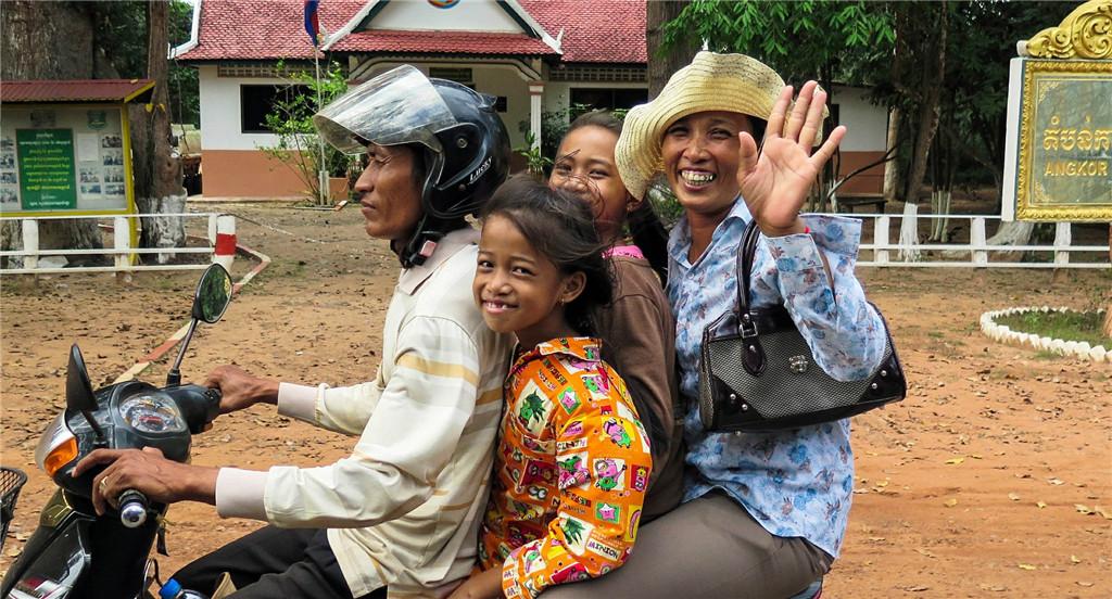 cambodia-603432_1920.jpg