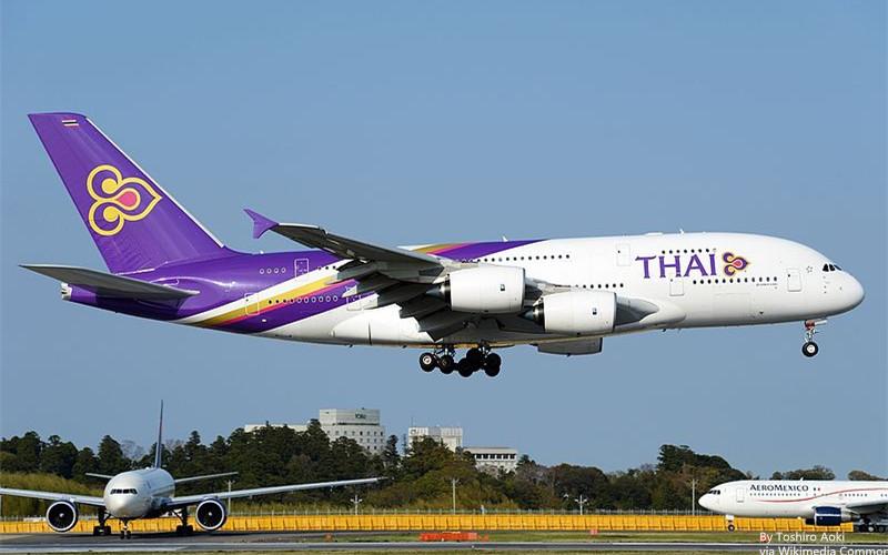 800px-Airbus_A380-841,_Thai_Airways_International_AN2253510_副本.jpg