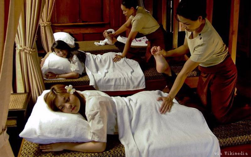 Thai massage makes people relax.