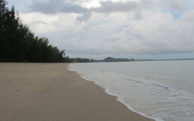 Pak Weep Beach