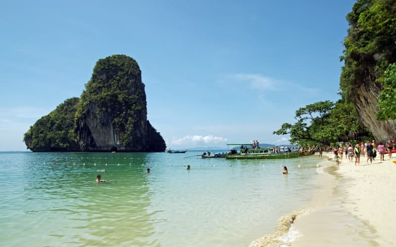 Nang Thong Beach