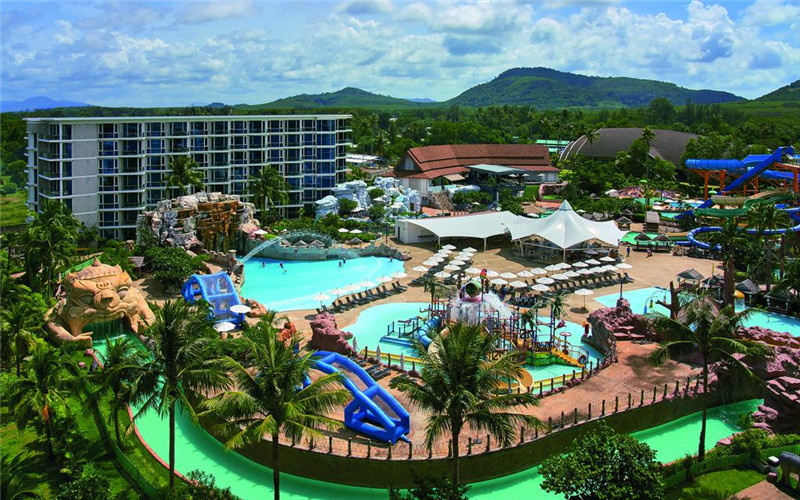 Phuket Splash Beach Resort.jpg