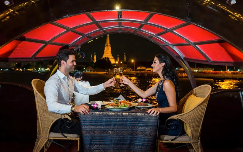 Romantic Chao Phraya River Dinner Cruise by Rice Barge.jpg
