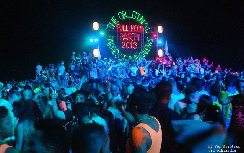 The Beginner's Guide to the Full Moon Party 2020-2021