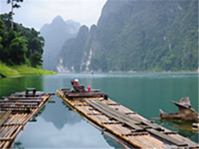 Khao Sok Village (Floating Bangalow)