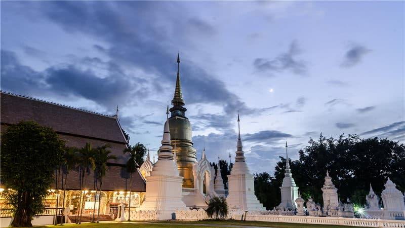 Wat Suan Dok.jpg