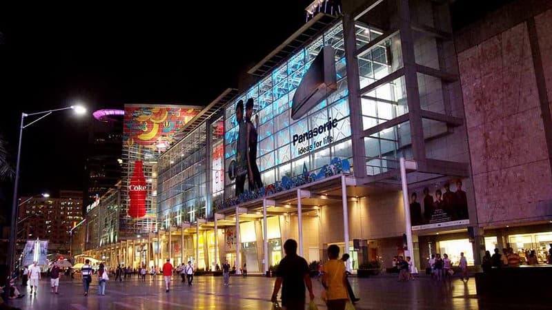 CentralWorld_Bangkok_Thailand.jpg