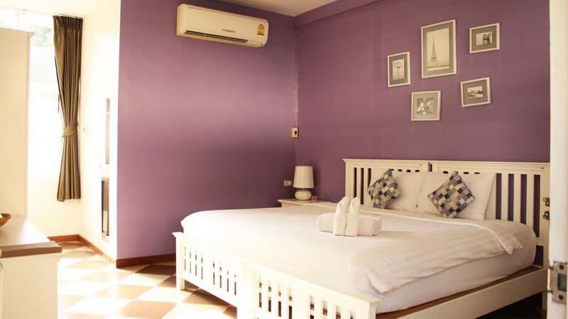 Feung Nakorn Balcony Rooms & Café.jpg