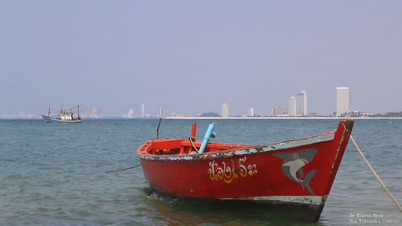 Bang Saray Beach.JPG