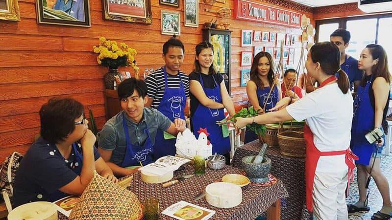 sompong thai cooking class.jpg