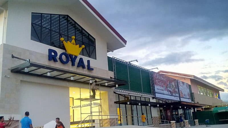 Royal duty free shop.jpg