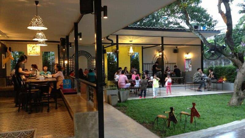 Café de Nimman.jpg