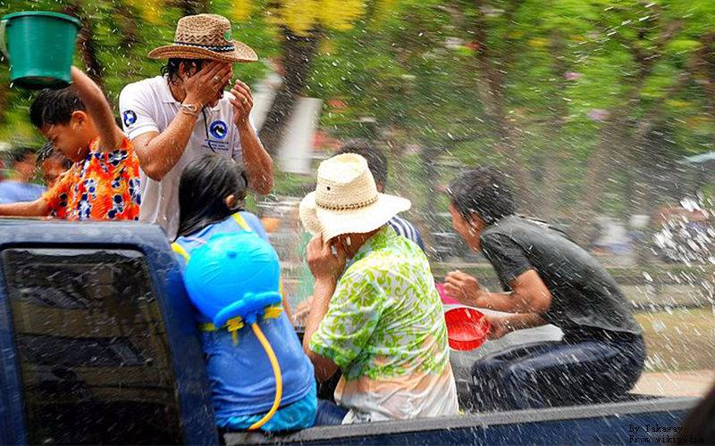 What to Pack during Songkran Festival