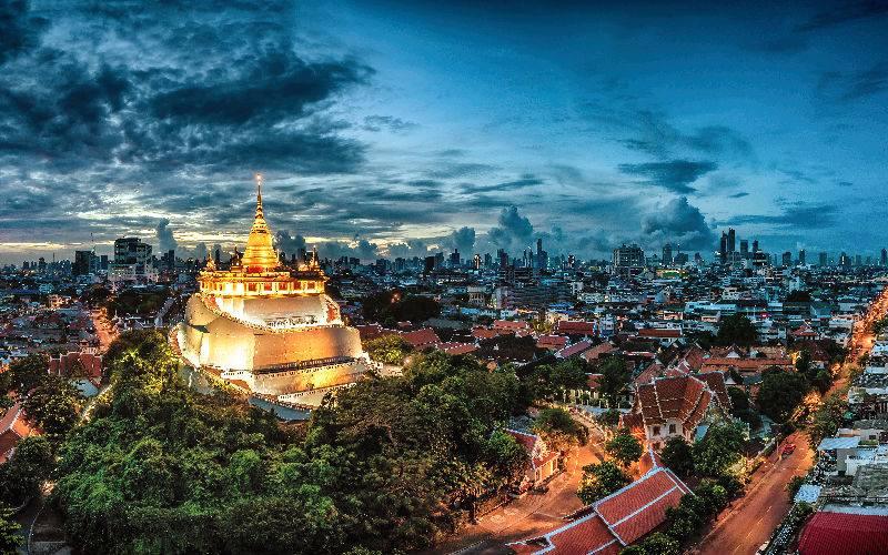 Picture: Wat Saket, The Golden Mount Temple, Bangkok at night.