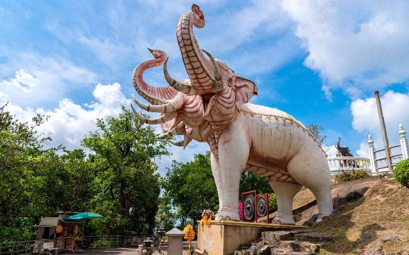 Picture: Three heads elephant statue in Hat Yai,Thailand.