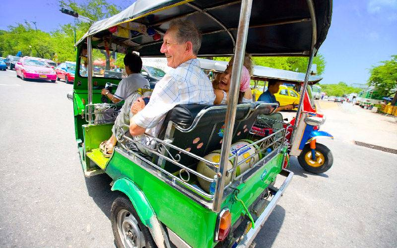 Public transport in Thailand - Buses, Trains, Tuk Tuk, Airplane