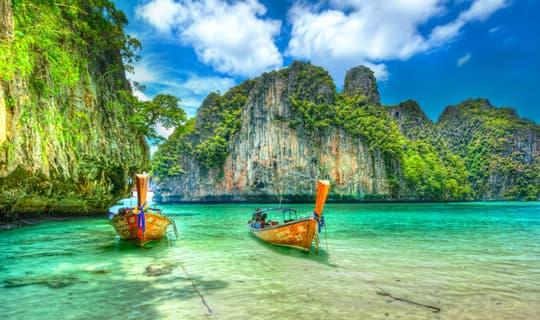 Phi Phi Island One Day Tour by Big Boat with Lunch