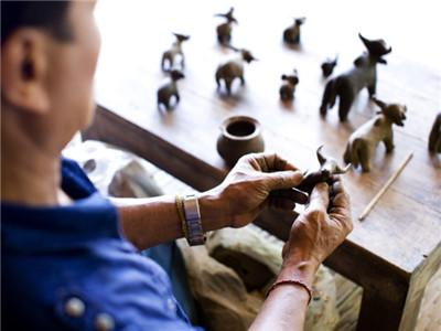 Clay Pottery/Figurines