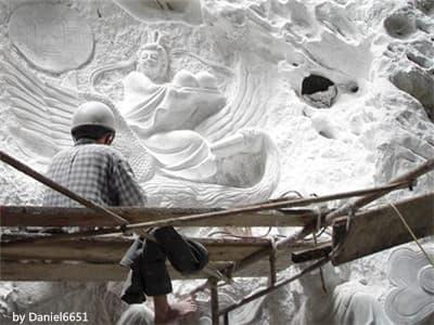 Non Nuoc Stone Carving Village