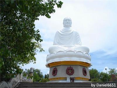 Nha Trang Long Son Pagoda