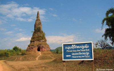 That Foun Stupa