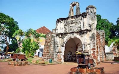 A Famosa Gate