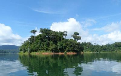 Temenggor lake